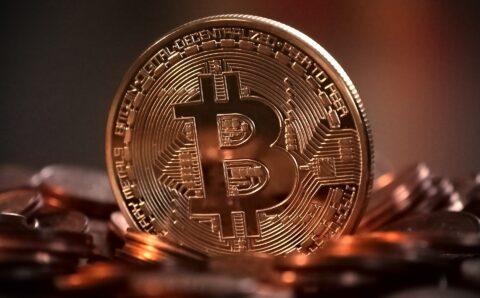 De Bitcoin bereikt de magische 10,000 dollar grens