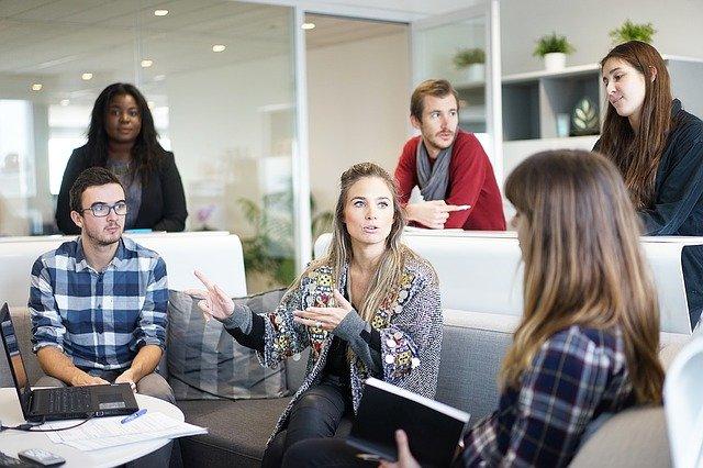 Hoe kun je de sfeer op de werkvloer verbeteren?